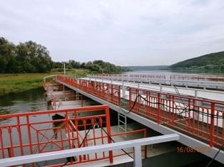 Покрытие на понтонном мосту