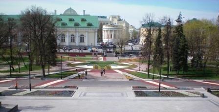 Компания «Мастерфайбр» завершила свои работы в Александровском саду